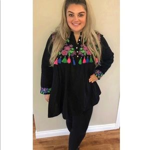 Forever 21 Tops - Colourful tunic with tassels. 2x